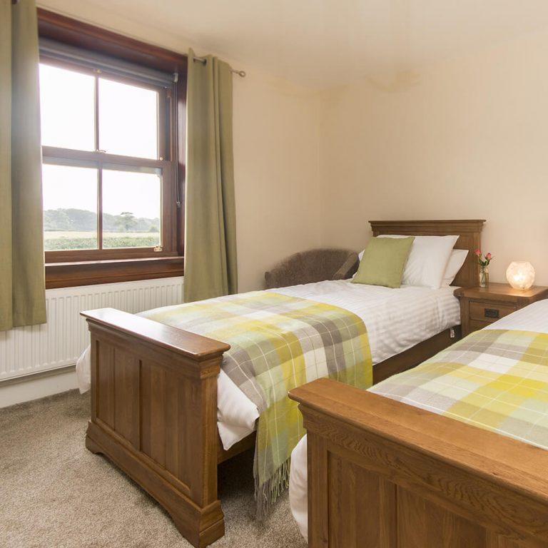 Bedroom 2 Beds